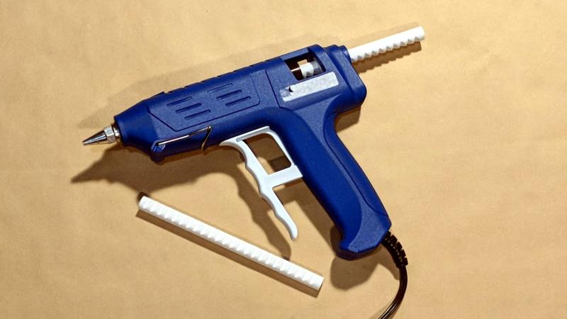 La manutenzione della pistola colla a caldo tutto quello che devi sapere pistola colla a caldo - Tavole adesive 3d prezzi ...